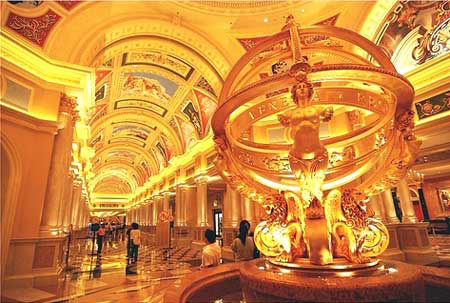 Venice the venetian macao and the venetian las vegas china at this rate macaus venetian is going to shatter all previous casino visiting and revenue records and the figures for the full year end 2008 will be altavistaventures Choice Image