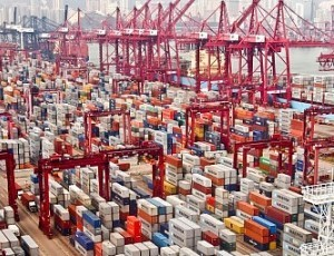 investing in China's logistics industry